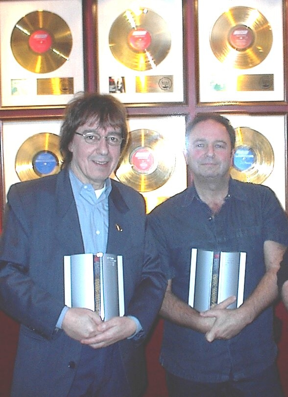 Legendary Record Producer Stuart Epps On The Music Industry And What It Takes To Be Great-2011-11-15 05:52:38