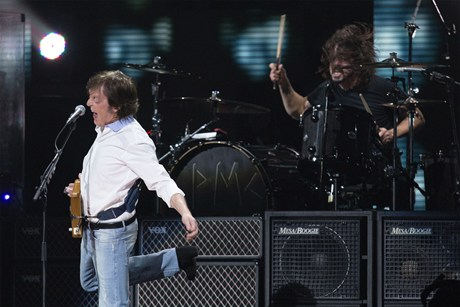 Rock n' Roll Lives! Hats Off To Sir Paul And Nirvana-2012-12-16 11:56:13